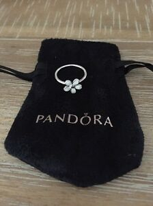Authentic Pandora daisy ring Forster Great Lakes Area Preview