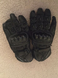 Motorcycle gloves: ladies x-small Fisher Weston Creek Preview