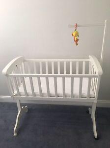 Cradle/bassinet Hamilton South Newcastle Area Preview