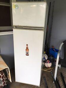 Fridge freezer Bar beer fridge man cave first home Kanwal Wyong Area Preview