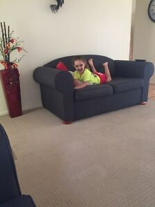 2 seater sofa Algester Brisbane South West Preview