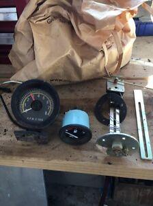 Fuel gauge, sender and rpm counter Elizabeth Town Meander Valley Preview