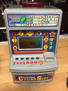 VINTAGE RADIO SHACK ELECTRIC CASINO POKER MACHINE Shell Cove Shellharbour Area Preview