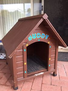 Free dog kennel GONE PENDING Quinns Rocks Wanneroo Area Preview