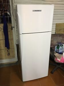 Fisher and paykel 380 L frost free fridge freezer 3 YEARS OLD! Bexley Rockdale Area Preview