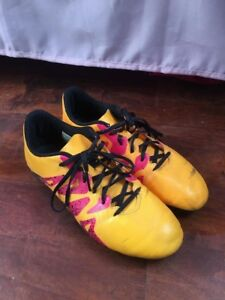Women soccer cleats