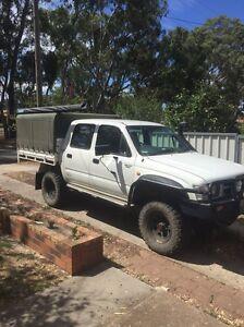 1998 Toyota hilux diesel 4x4 Kangaroo Flat Bendigo City Preview