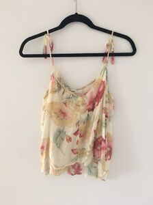 Wrangler Floral Cami (women's size 12) Woolooware Sutherland Area Preview