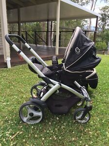 Steelcraft Cruiser Pram Plus Infant Carrier/Capsule Bonogin Gold Coast South Preview