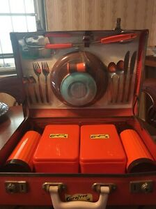 Retro kitsch 60's/70's picnic set Kedron Brisbane North East Preview
