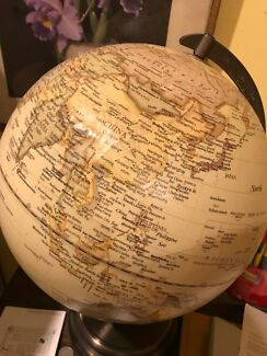 world globe With light up 💡
