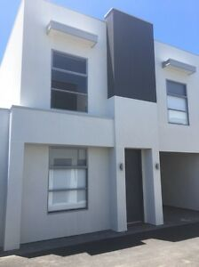 Holiday Rental 3 bedroom 2 bathroom Townhouse Paradise Campbelltown Area Preview