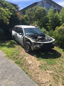 Wrecking holden commodore vt wagon motor gearbox all parts Gosford Gosford Area Preview