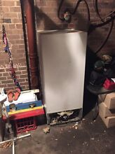 FREE FRIDGE Doesn't work but if you need the parts!! Leichhardt Leichhardt Area Preview