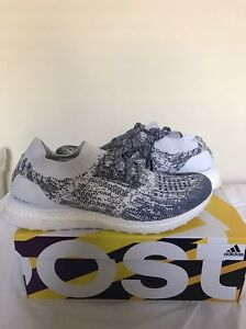 adidas ultra boost un caged blue white navy, 11us Prahran Stonnington Area Preview