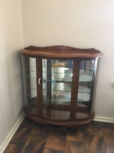 Vintage china display cabinet Queanbeyan Queanbeyan Area Preview