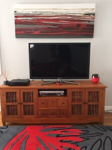 Solid teak entertainment unit South Coogee Eastern Suburbs Preview