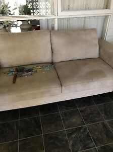Two seater and three seater couch Mount Gravatt East Brisbane South East Preview