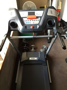 Life gear treadmill make weight 120kg Wilson Canning Area Preview