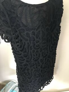 Witchery lace dress Size 8