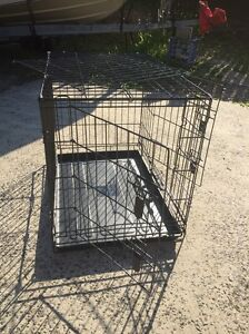 Medium dog crate for sale Nords Wharf Lake Macquarie Area Preview