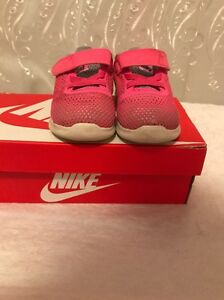 Toddler girl Nikes size us 6 Maryland Newcastle Area Preview