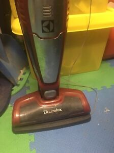 Electrolux stand up vacuum cleaner Redland Bay Redland Area Preview