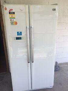 LG side by side fridge/freezer Toukley Wyong Area Preview