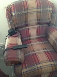 Electric recliner/ lift chair Bundall Gold Coast City Preview