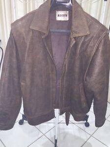 Vintage/retro leather jacket Kurrajong Hawkesbury Area Preview