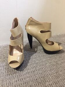 WOMENS SHOES SIZE 6 Brookdale Armadale Area Preview