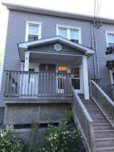 DOGS OK! - ST Room Rental - All Inclusive - DT Dartmouth