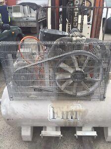 Air compressor Warwick Farm Liverpool Area Preview