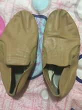 Bloch size 5 1/2 tan jazz shoes Pimpama Gold Coast North Preview