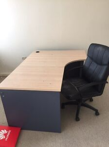 FREE desk and chair Wollstonecraft North Sydney Area Preview
