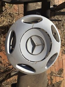 Mercedes Plastic Wheel Trims Windsor Downs Hawkesbury Area Preview
