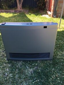 Rinnai Avenger 25 gas heater for sale Botany Botany Bay Area Preview