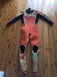 2016 Excel Drylock Steamer Wetsuit Sylvania Sutherland Area Preview