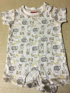Baby Onesie Size 000 Unisex Albany Albany Area Preview