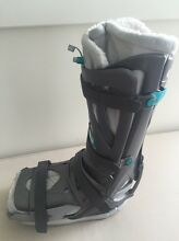 Moon Boot. Vaco Ped, Large Size Greensborough Banyule Area Preview