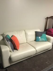Italian leather sofa bed Austins Ferry Glenorchy Area Preview