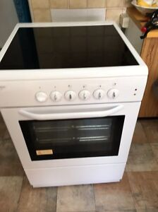 Electric stove/oven $500 Bardwell Park Rockdale Area Preview