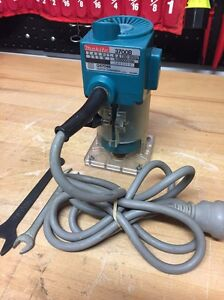 MAKITA 3700B LAMINATE TRIMMER ROUTER MADE IN JAPAN AS NEW Shell Cove Shellharbour Area Preview