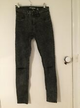 Mid rise ripped knee acid wash jeans Clifton Springs Outer Geelong Preview