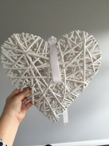 Assorted White  wicker hearts Leppington Camden Area Preview