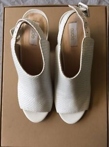 NEW ! White Snake Skin Pattern Platforms Springfield Lakes Ipswich City Preview