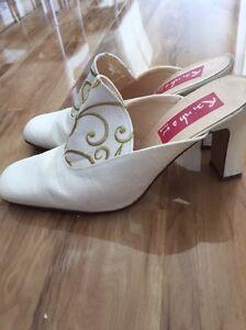 Designer wedding shoes Secret Harbour Rockingham Area Preview
