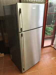 Electrolux 420 L frost free fridge freezer 3 YEARS OLD! Bexley Rockdale Area Preview