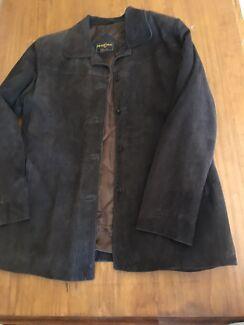 Ladies ( or men's ) soft brown suede jacket. Size: large