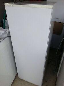 Kelvinator 250l fridge Yangebup Cockburn Area Preview